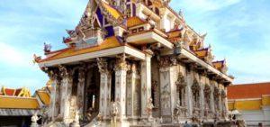 Main Hall Benjarong Wat Pariwas,