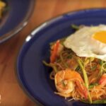 Kaeng-Som Stir-Fried Rice Vermicelli